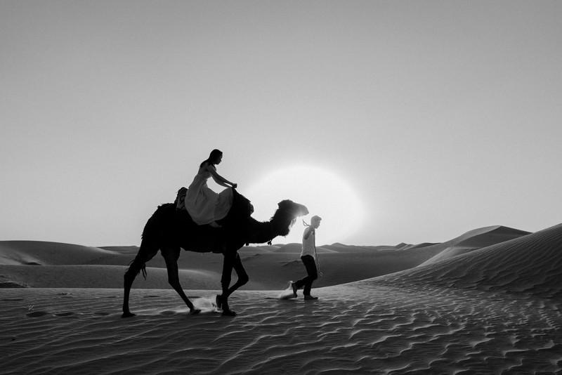 Tu-Nguyen-Destination-Wedding-Photographer-Morocco-Videographer-Sahara-Elopement-397.jpg