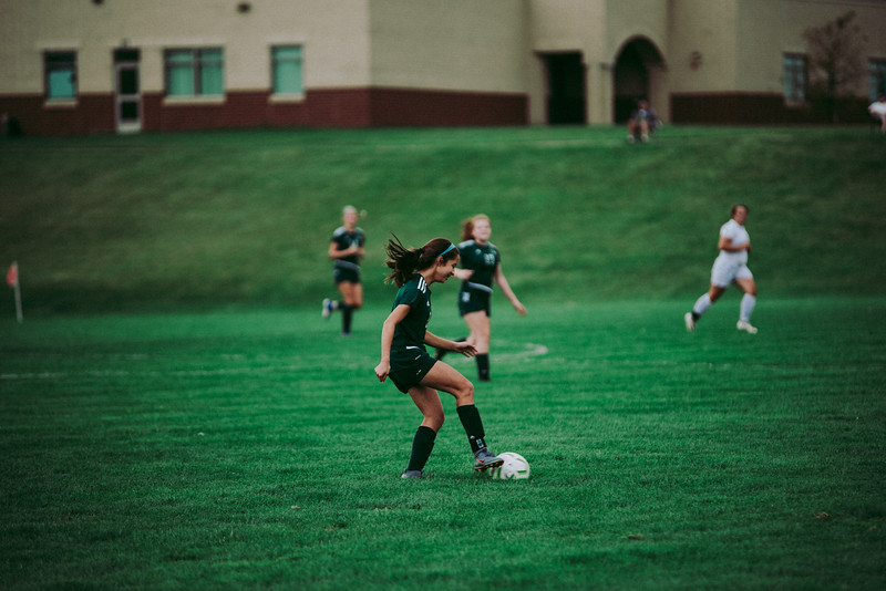 Holy Family Girls Varsity Soccer vs. Glencoe-Silver Lake, 9/24/19: Makenzie Pavelka '22 (8)