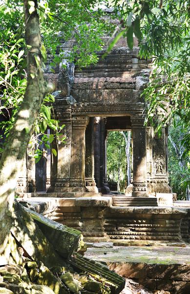 Cambodia-DSC_4227-2.jpg