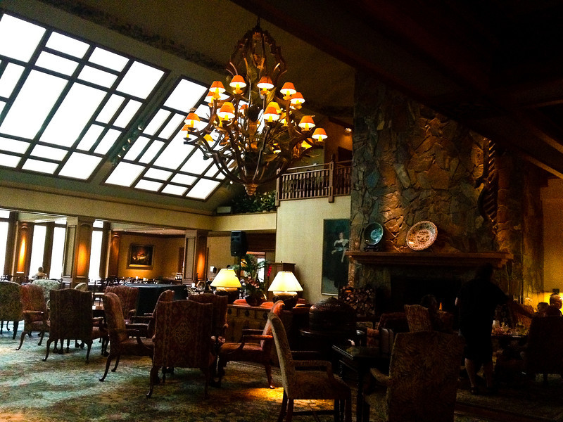 four seasons lodge2.jpg