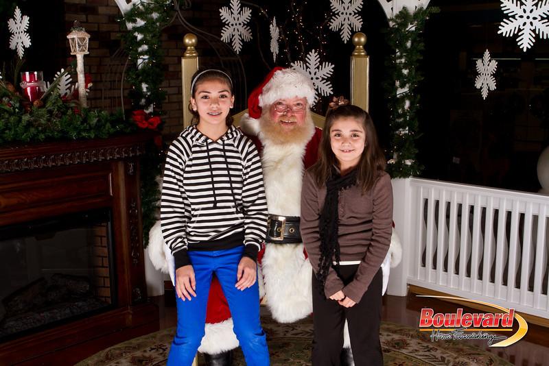 Santa Dec 15-199.jpg