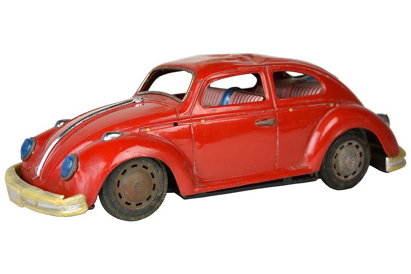 vintage-volkswagen-metal-toy-model-2710.png