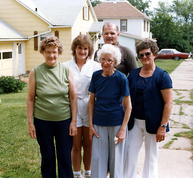 Visit with Grandma Herdrich in Greenwood, WI