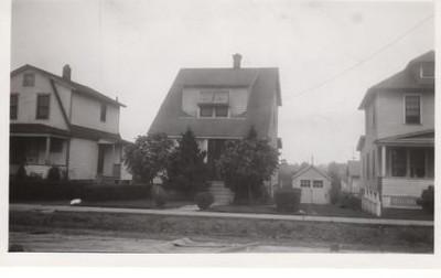 2221-MORRIS AVE-1935.jpg