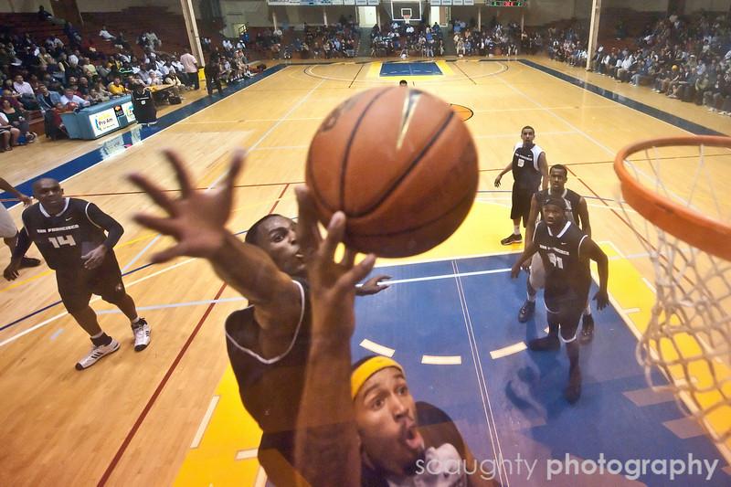 08-12-09_Edited_SF_Summer_League_Roeder_8.jpg