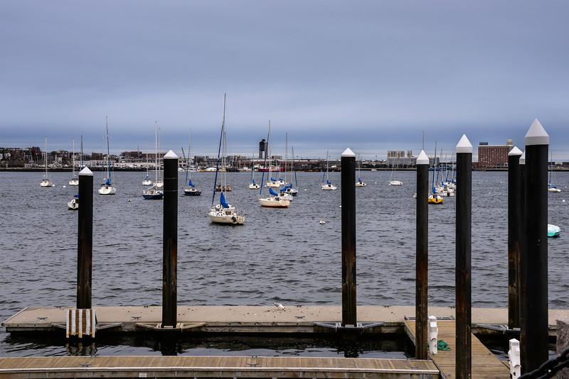 2014-04 Boston Harbor (Rowes Wharf) 006.jpg
