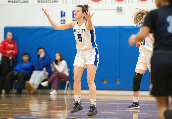 03/03/20 Wesley Bunnell | StaffrrSouthington girls basketball vs Middletown on Monday night March 2, 2020. Jessica Carr (5).
