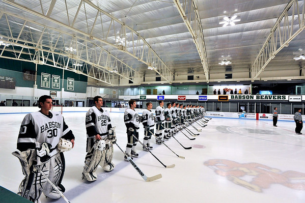 BABSON HOCKEY   selected photos  2.11.2012   UNIV OF NEW ENGLAND