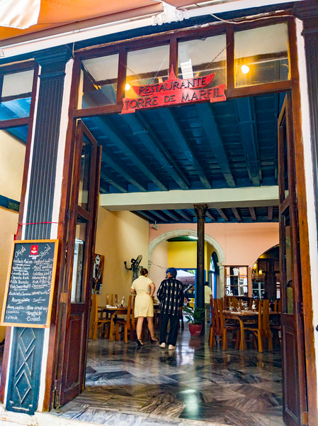 havana restaurante torre de marfil.jpg