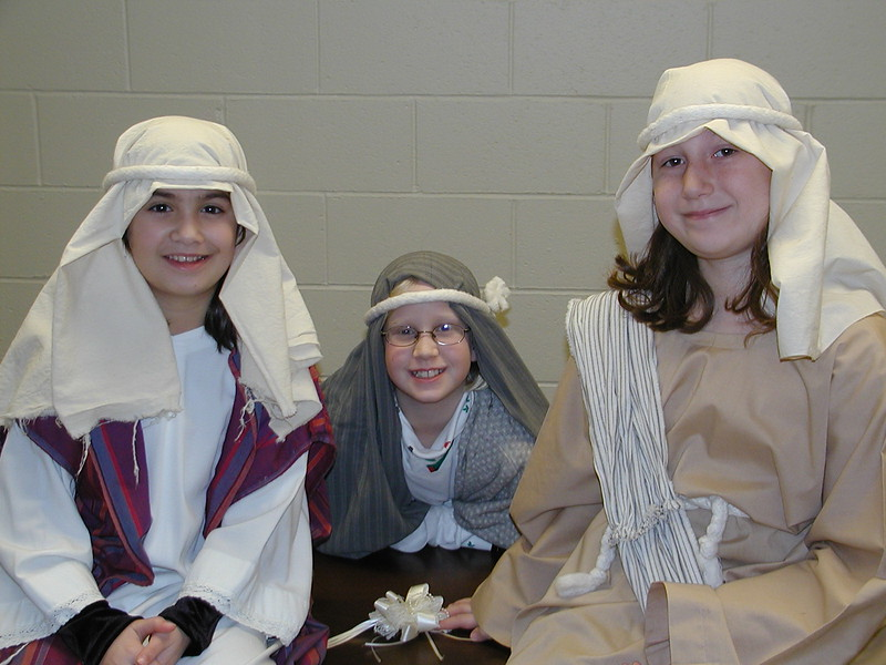 2002-12-21-HT-Christmas-Pageant_018.jpg