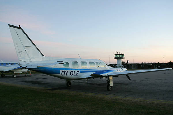 OY-OLE - Piper PA-31-350 Chieftain