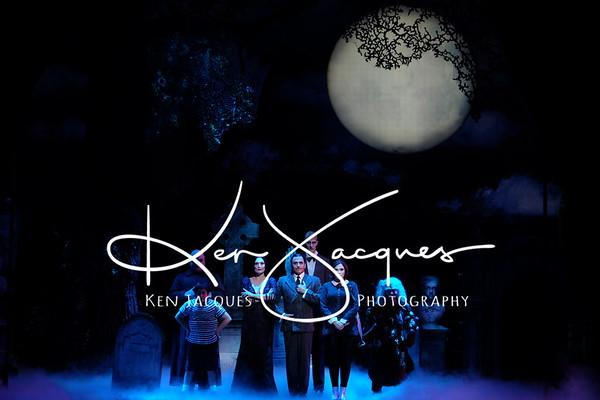 """Moonlights """"Adams Family"""""""