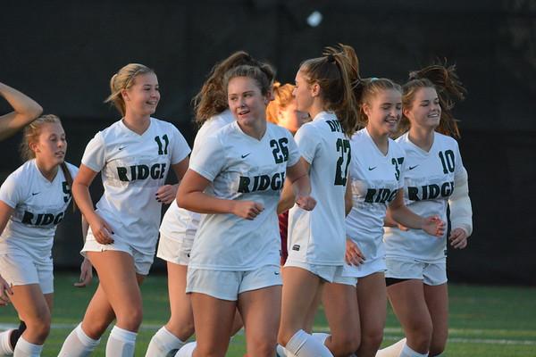 Ridge Varsity Girls Soccer 2020