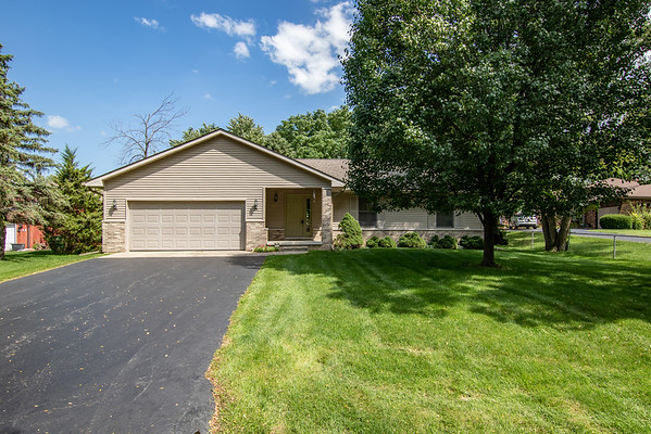 1424 Springmill PL - Crown Point, IN