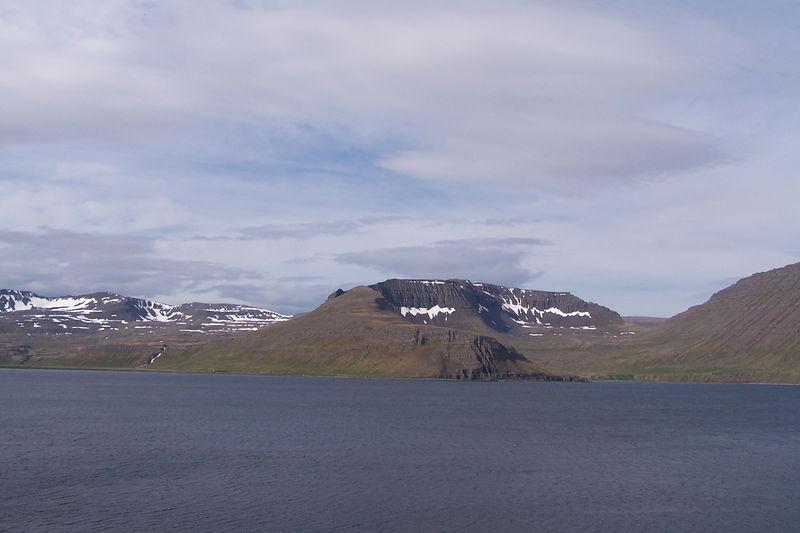 Hornvík, Tröllakambur og Rekavík bak Höfn
