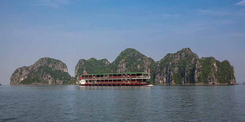 halong-bay--red-river_32187493033_o.jpg