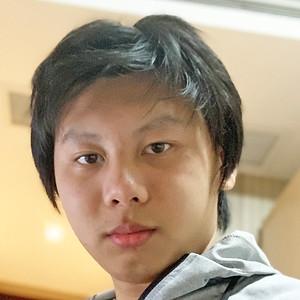 Steven Zheng '22