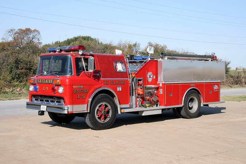 LECLAIRE FD  ENGINE 5 1982 FORD C-800 - ALEXIS  1000-1280   #1299.jpg