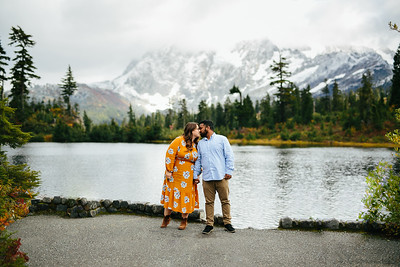 Ajish & Julia   Mt Baker '19