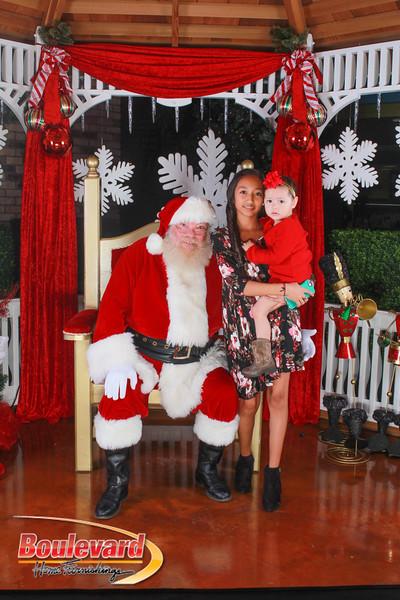 Santa 12-10-16-363.jpg