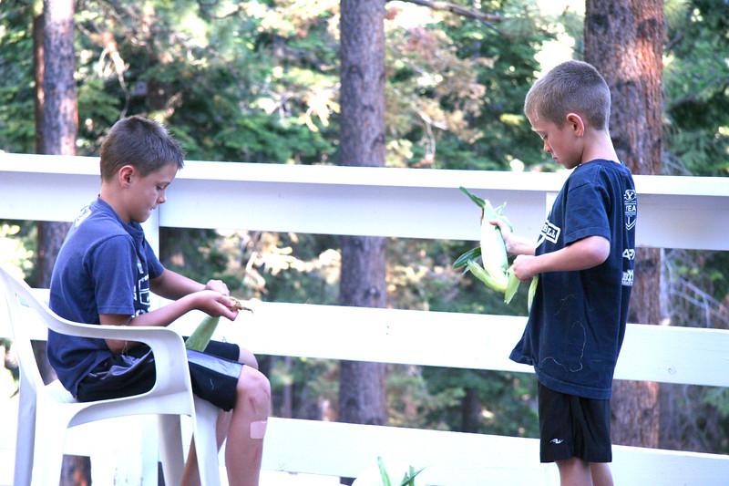 2010_Tahoe_BoysCorn.JPG