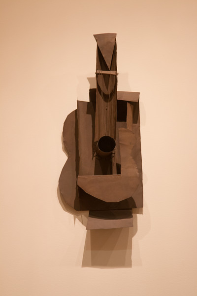Pablo Picasson, Guitar (1914), Ferrous sheet metal and wire -- Museum of Modern Art (MoMA), New York