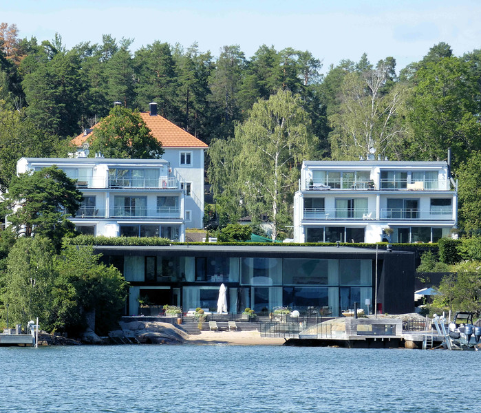 Stockholm modern Waterfront Homes.jpg