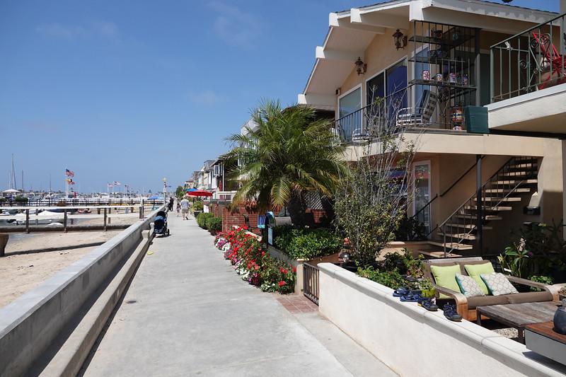 The beachfront walkway on Balboa Island