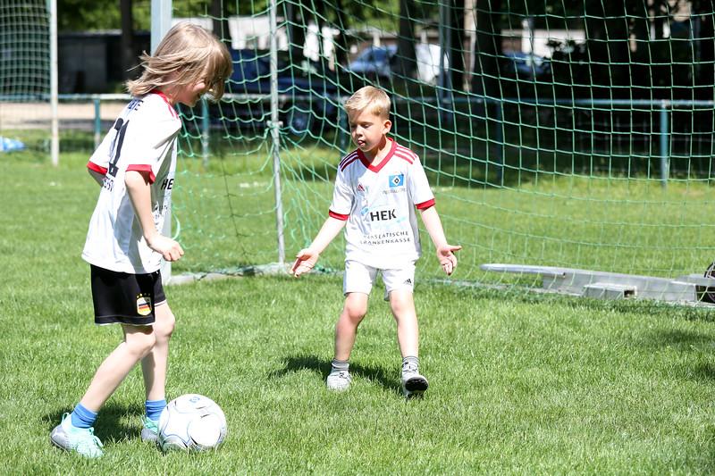 hsv_fussballschule-498_48048038722_o.jpg