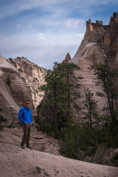 Tent rock hike portraits-20.jpg