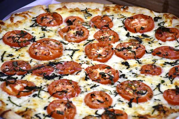 PizzaFeud-PL-031519_5784::1