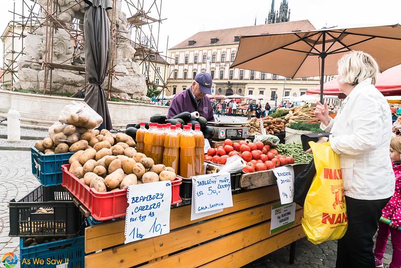 Cabbage-Market-04329.jpg