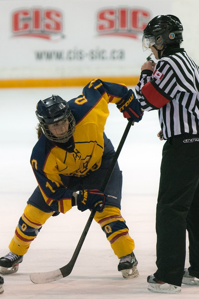 20130310 QWHockeyvsUBC 473.jpg