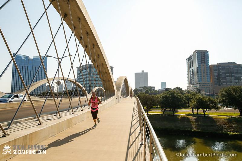 Fort Worth-Social Running_917-0112.jpg