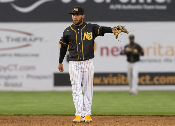 05/03/19 Wesley Bunnell | Staff The New Britain Bees home opener vs the Somerset Patriots on Friday night at New Britain Stadium. Short stop Alexi Amarista (2) motions to teammates between pitches.