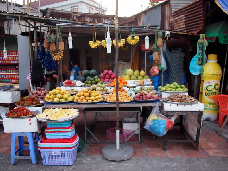 P1297045-fruit-stand.JPG