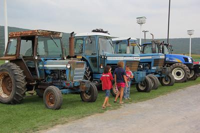 Tractor Day via The Grange, Heisler's Dairy Bar, Tamaqua (8-25-2012)