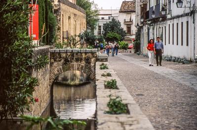 Kanal in der Altstadt, Juderia, Cordobas