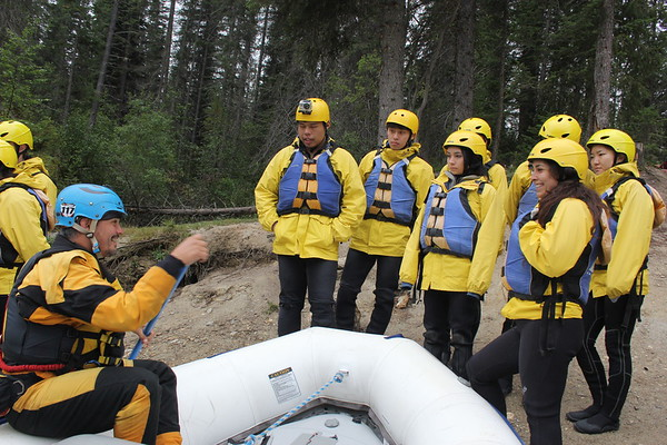 Banff Ptarmigan Inn - Housekeeping Rafting Trip