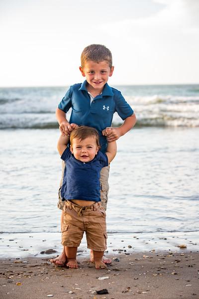 Family beach photos-155.jpg