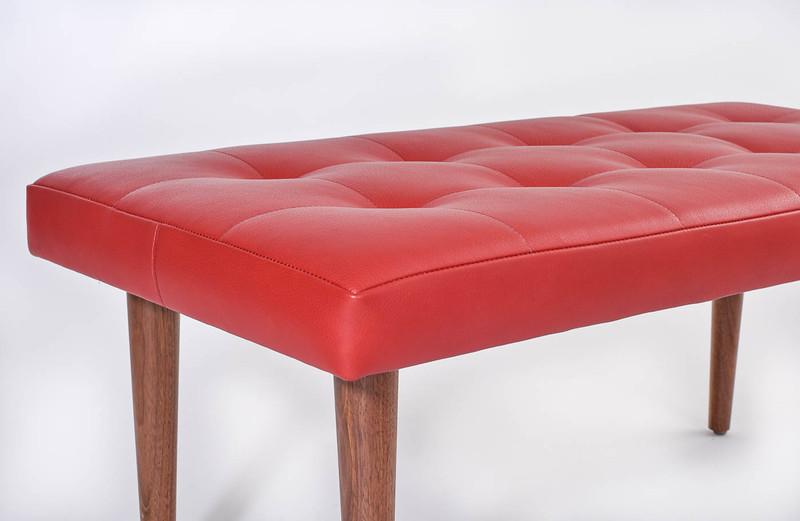 DD red bench 1400 50-7204.jpg