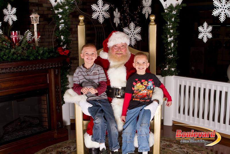 Santa Dec 15-106.jpg