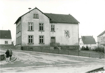 Oberes Altes Schulhaus erbaut 1870 (5).jpg