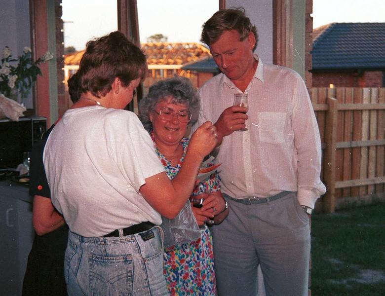 1990-12-25  Christmas @ Sue & Ewans. Susan, Mary & Graham.jpg