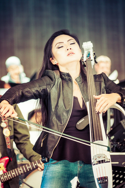 Tina Guo Warming Up