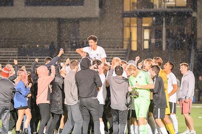Tigard HS Boys Varsity Soccer vs Lake Oswego