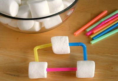 Marshmallow-Straw-Towers1.jpg