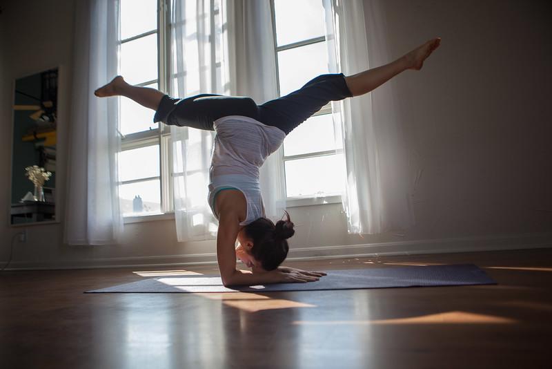2014 10 10 Kelly goRockett yoga-12.jpg