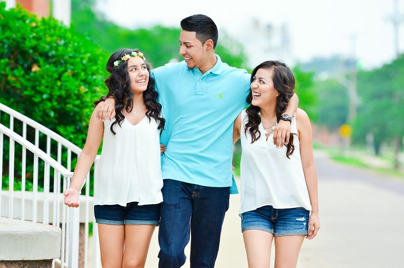 Almanza Siblings 2014