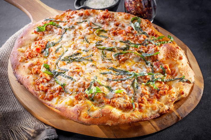 Bolognese-Pizza_EAC1782-12x8.jpg